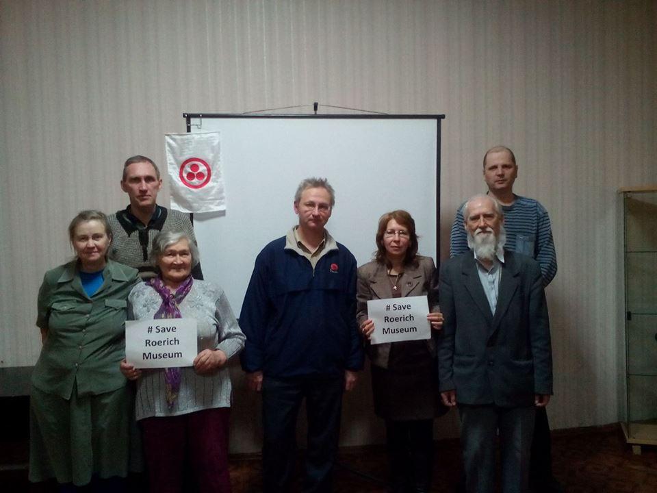 <b>Юрий Липко</b><br/>Иркутск, Россия<br/>https://www.facebook.com/yury.lipko