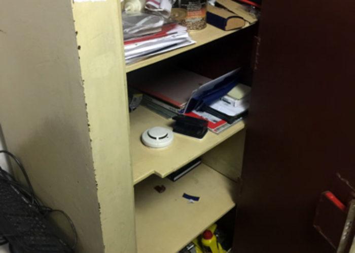 Вскрытый сейф. Фотохроника погрома общественного Музея имени Н.К. Рериха