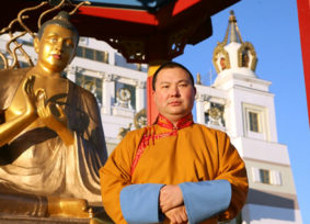 Верховный лама Калмыкии высказался по поводу требования музея Востока убрать буддийскую святыню с территории усадьбы Лопухиных // Mos.News